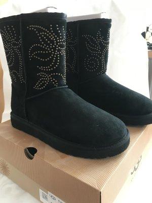 UGG W Adelaide Boots, Neu und ungetragen