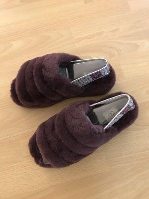 UGG Australia Sandalias cómodas púrpura Piel