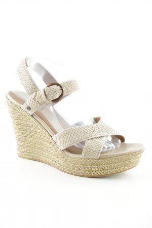UGG Wedge Sandals sand brown street-fashion look
