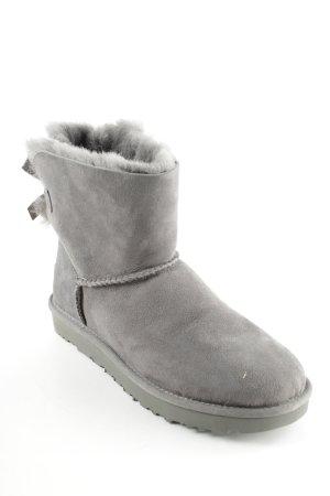 """UGG Botas de invierno """"Mini Bailey Bow II"""" gris antracita"""