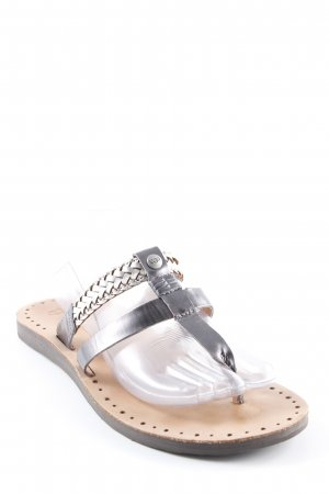 UGG Toe-Post sandals silver-colored-light brown beach look
