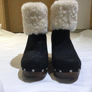 UGG Australia Boots black-natural white leather
