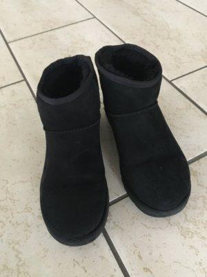 UGGs mini in schwarz