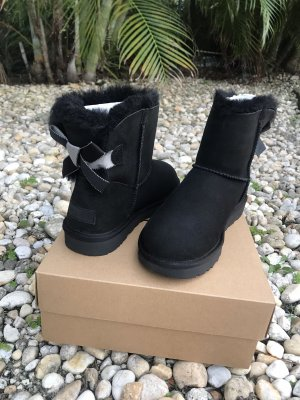 UGG Snow Boots black-silver-colored