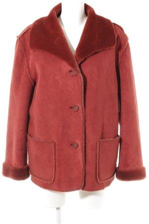 Uhle Fake Fur Jacket dark red casual look