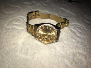 Montre avec bracelet métallique doré-orange doré