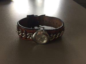Uhr der Marke Esprit