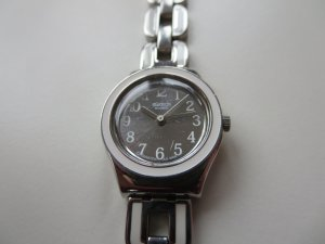 Uhr Metallarmband silber weiß