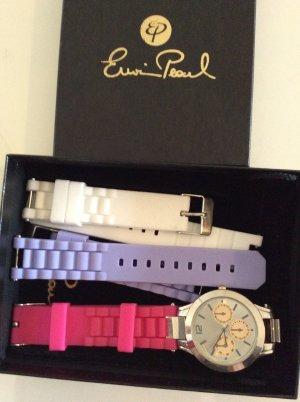 Uhr mit austauschbaren Armbändern