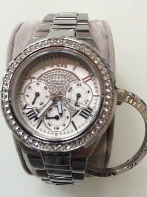 Uhr mit Wechsellünette