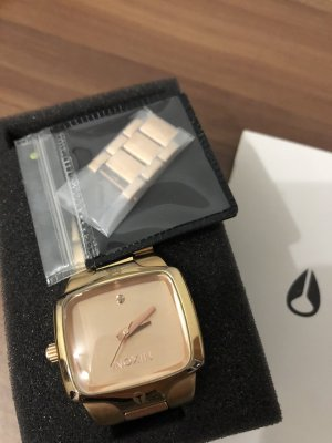 Nixon Analog Watch rose-gold-coloured-gold-colored