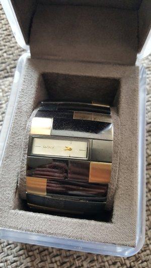 Uhr von DKNY
