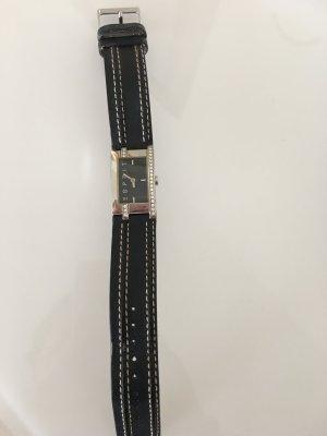 Uhr von Esprit mit schwarzem Lederarmband
