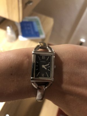Fossil Watch With Metal Strap silver-colored-black