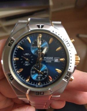 Uhr von Pulsar