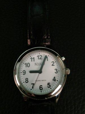 Uhr von Rivado in silber mit schwarzem Lederarmband
