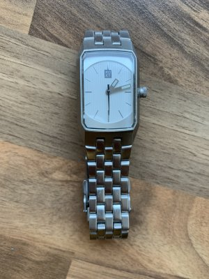 Uhr von Roxy silber
