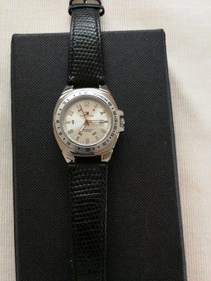 Uhr, von Tommy Hilfiger