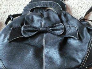 Umhängetasche schwarz in Lederoptik