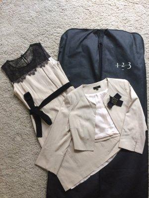 UN 1 DEUX 2 TROIS 3 Paris - Etui Kleid, beige mit schwarzer Spitze und Bolero