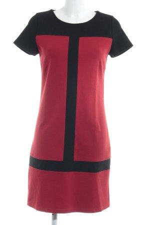 Un Deux Trois Vestido babydoll negro-rojo look casual