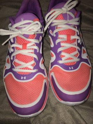 Under Armour Sneaker Größe 40 neu!!