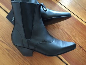 Underground Beatle Boots 60ies