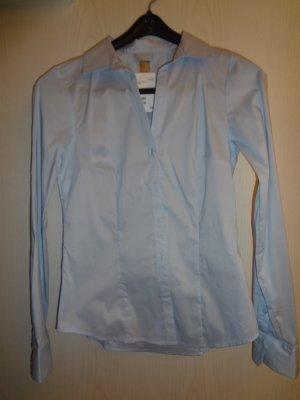 Ungetragen +++ Hellblaue H&M-Bluse mit langem Arm