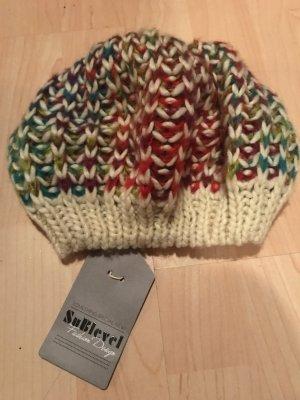 Ungetragen Mütze mit Etikett