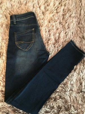 Ungetragene Dunkelblaue Bluefire Jeans mit Waschung