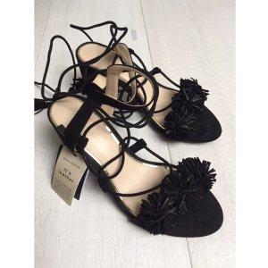 Ungetragene Echtleder Sandalen von Zara  / Größe 38 /mit Preisschild