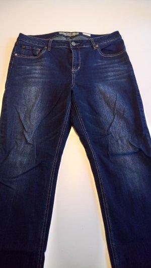 ungetragene Jeans