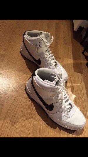 Ungetragene Nike Air Force 1