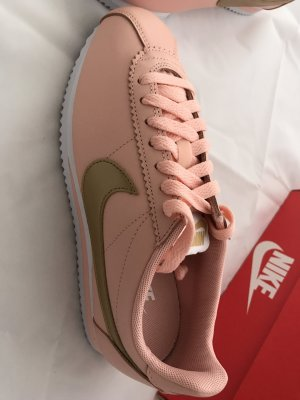 Nike Sneakers pink-gold-colored