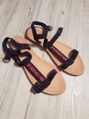 Ungetragene Sandalen von Esprit