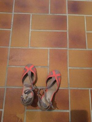 Ungetragene Sandalen von Marco Tozzi