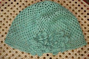 Hat sage green wool