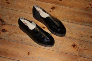 Ungetragene Schuhe von dem Designerlabel New Kid