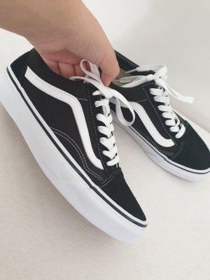 Vans Skater Shoes white-black