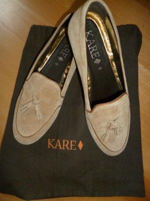 Ungetragene Veloursleder Loafer in beige mit Quasten in Gr. 42 von KARE
