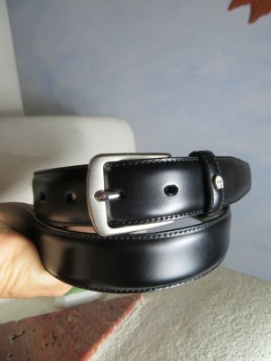 Aigner Leather Belt black-silver-colored