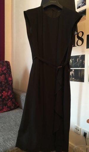 Ungetragenes, elegantes Kleid von Strenesse