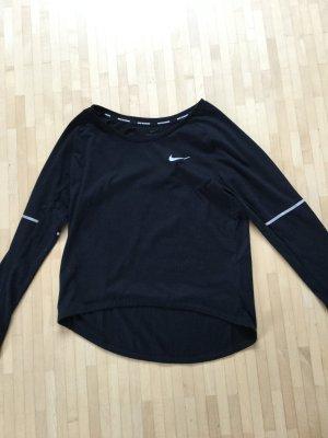 Ungetragenes Laufshirt von Nike, xs