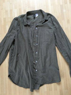 Ungetragenes leichtes Baumwollhemd, Gr. 36