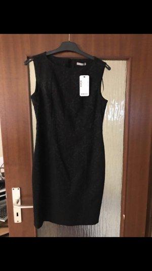 Ungetragenes Orsay Kleid