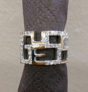 Ungewöhnlicher Guess Ring
