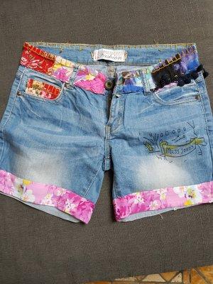 ungwöhnliche Shorts bunt