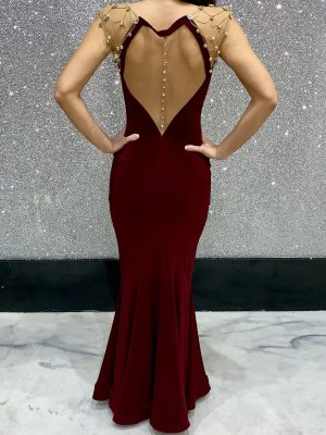 Unikat! Abendkleid mit Steinen & Rückendekolletee