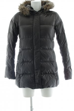 Uniqlo Down Jacket dark brown quilting pattern casual look