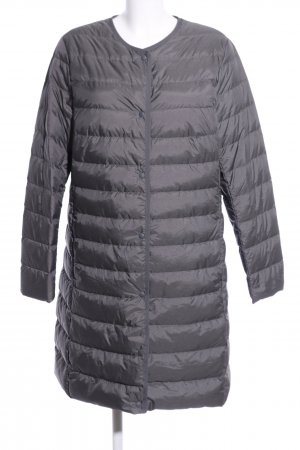 Uniqlo Down Coat light grey quilting pattern casual look